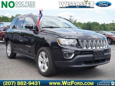 2015 Jeep Compass Latitude (Black Clearcoat)