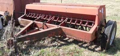 International 5100 grain drill
