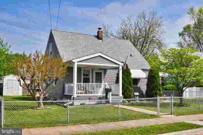 918 Kinwat Ave BALTIMORE Three BR, This home is jam-packed with