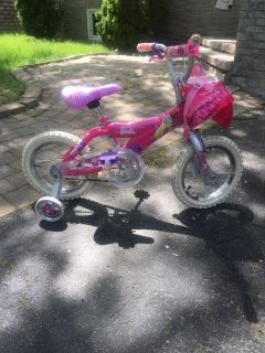 Bicycle girl 16 inches .. good condition $40