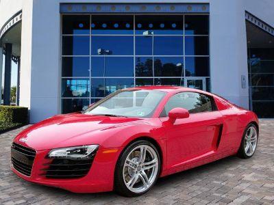 2009 Audi R8 quattro (Brilliant Red)