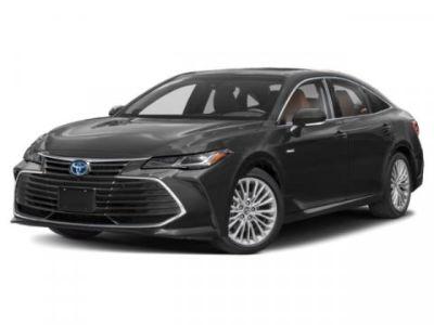 2019 Toyota Avalon Hybrid Limited (White)