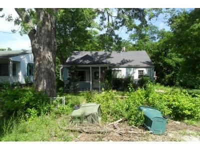 2 Bed 1 Bath Preforeclosure Property in Richmond, IN 47374 - S 14th St