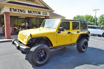 2009 Jeep Wrangler Unlimited X (Yellow)