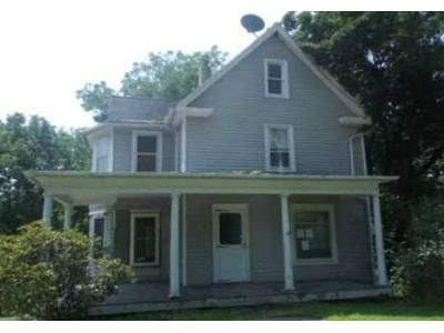 6 Bed 1.5 Bath Foreclosure Property in Laceyville, PA 18623 - Main St