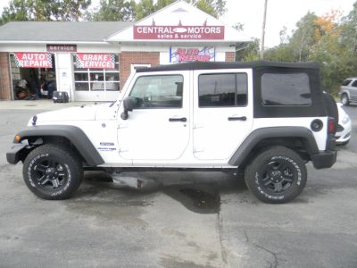 2018 Jeep Wrangler JK Unlimited Sport 4x4 (Bright White Clearcoat)