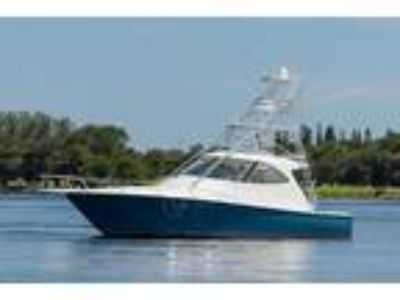42' Viking Sport Tower w/ Seakeeper 2014