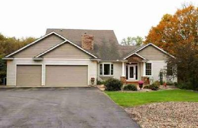 15488 Johnson Trail Nerstrand Four BR, Gorgeous custom home