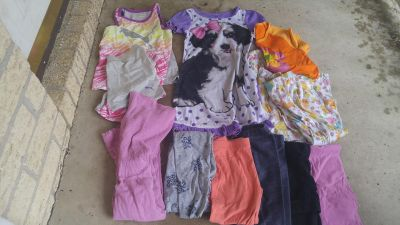 Girl size 5t clothes