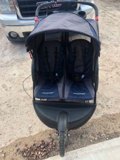 Jeep double stroller Paid $289 asking $125