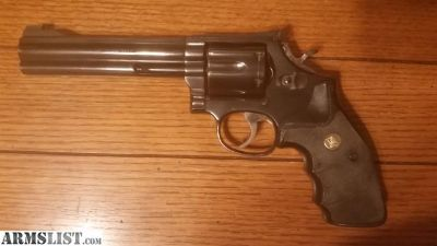 For Sale: S&W 586 6""