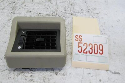 Purchase 2001 DISCOVERY SE II 4DR RIGHT PASSENGER CENTER SEAT ROOF AIR VENT GRILL GRILLE motorcycle in Sugar Land, Texas, US, for US $37.99