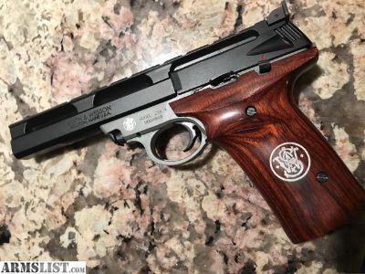 For Sale/Trade: Smith & wesson 22a-1