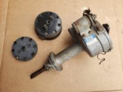 Vintage Mallory Rev Pol distributor # YC346D for Mopar / Chrysler B series 361 / 383 / 400 engines