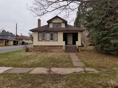 2 Bed 1 Bath Foreclosure Property in Ironwood, MI 49938 - E Coolidge Ave