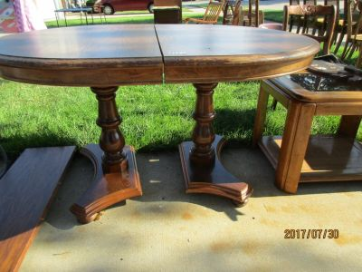 DINETTE TABLE WITH ONE LEAF