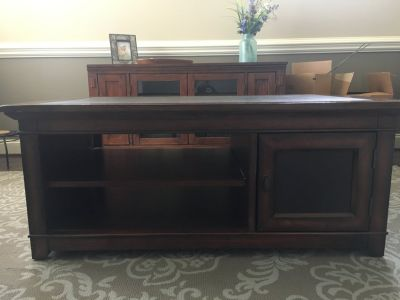 Big Sky coffee table, solid wood with leather top, excellent condition