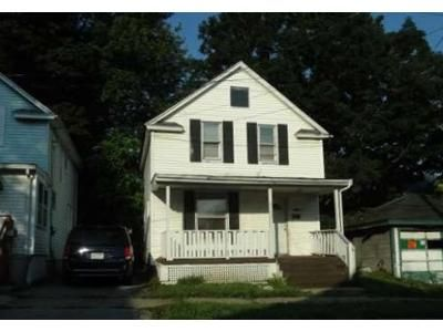 3 Bed 1 Bath Foreclosure Property in Erie, PA 16503 - Perry St