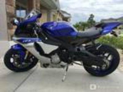 2015, Yamaha, YZF-R1
