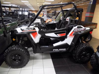 2015 Polaris RZR S 900 Sport-Utility Utility Vehicles Chanute, KS