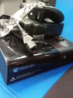 500 Gb XBOX 360 with 1 controller