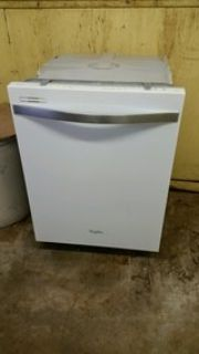 Whirlpool 24 dishwasher-white