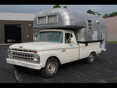 1965 Ford F250 Camper Special (White)