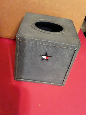 Tommy Hilfiger Tissue Box Cover