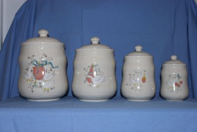 Marmalade Canister