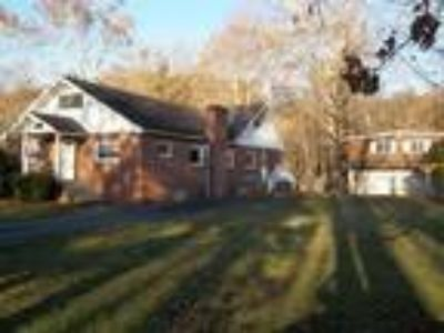 326 Cottage Grove Lane, Fort Ashby, WV 26719