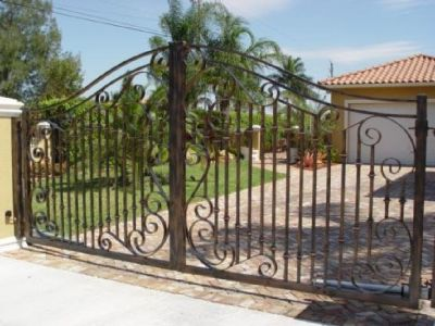 Denton Iron Fencing