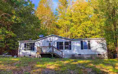 120 Henry Cantrell Rd Ellijay, Great Starter Home!