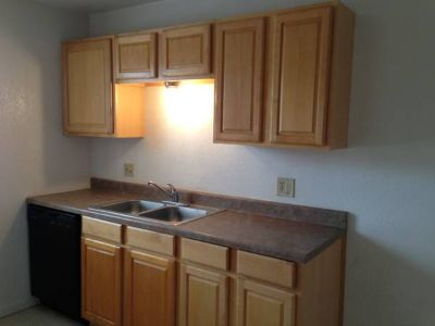 $475 2 bedroom 1 bath renovated upstairs apartment for only $450 (Copperas Cove)