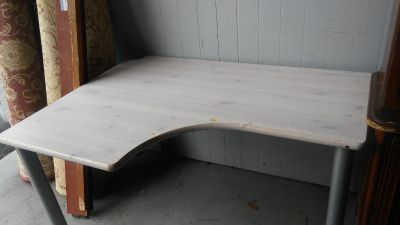 Nice corner table available
