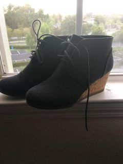 Size 10 grey booties