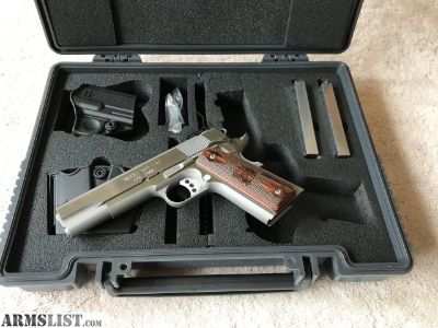 For Sale: Stainless Springfield Range Officer 9mm