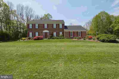 8 Forest View Dr WERNERSVILLE Four BR, This home has a beautiful