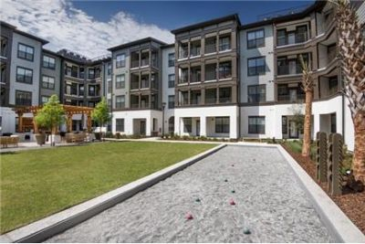 2 bedrooms Apartment - The Ironwood offers one.