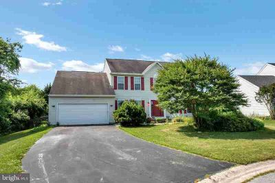 107 Manderly CT BEAR Five BR, Great opportunity to live in the