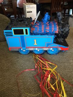 New Thomas the train pi ata