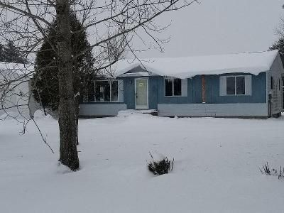 3 Bed 1 Bath Foreclosure Property in Gaylord, MI 49735 - Estelle Rd