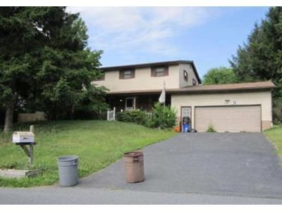 5 Bed 2 Bath Foreclosure Property in Bethlehem, PA 18020 - Santee Rd