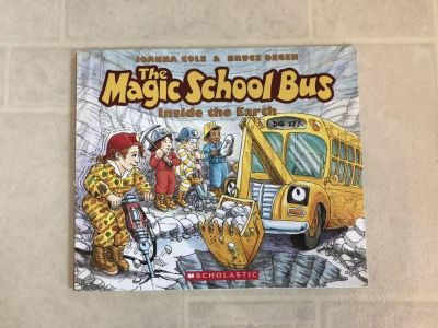 Book: The Magic School Bus: Inside the Earth, great condition