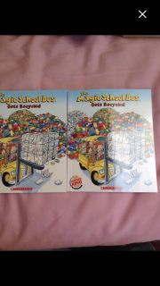 Set 2/ mini books Magic School Bus gets recycled .$1.00/both