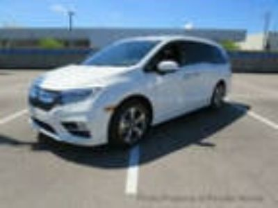 2019 Honda Odyssey Touring Automatic Touring Automatic New 4 dr Van Automatic