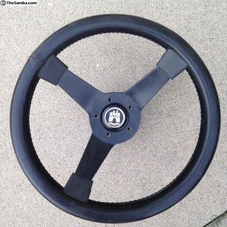 VW Steering wheel with horn button cap & horn