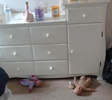 Dresser mainly for Baby but can be used otherwise.