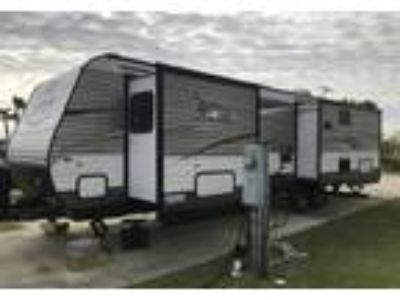 2016 Jayco Jay-Flight Travel Trailer in Galveston, TX
