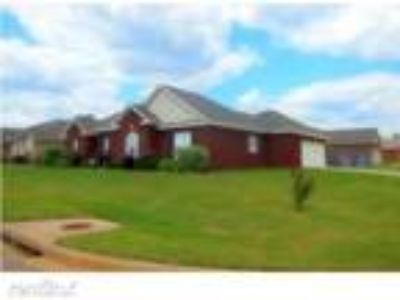 Four BR Two BA In Prattville AL 36067