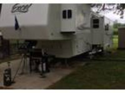 2005 Peterson Excel-Limited 5th Wheel in Sewell, NJ